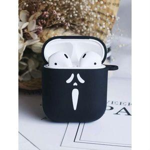 Black Ghostface AirPods Case 👻